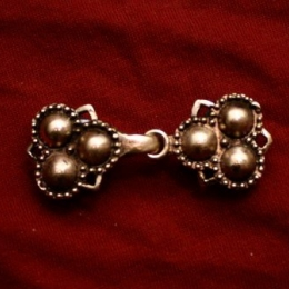 Medieval hooked-clasp, England eb18