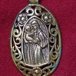 Medieval St Mary Pendant EP04