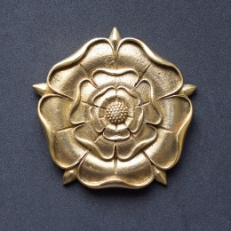 Rose pendant from the Collar of Thomas More